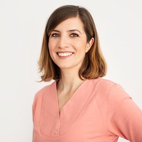 Dr. Christiane Ravens Mitarbeiterin: Nicole Feuerstein